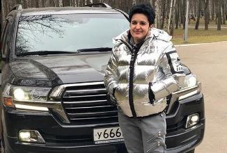Мать Влада Кадони ограбили в Москве